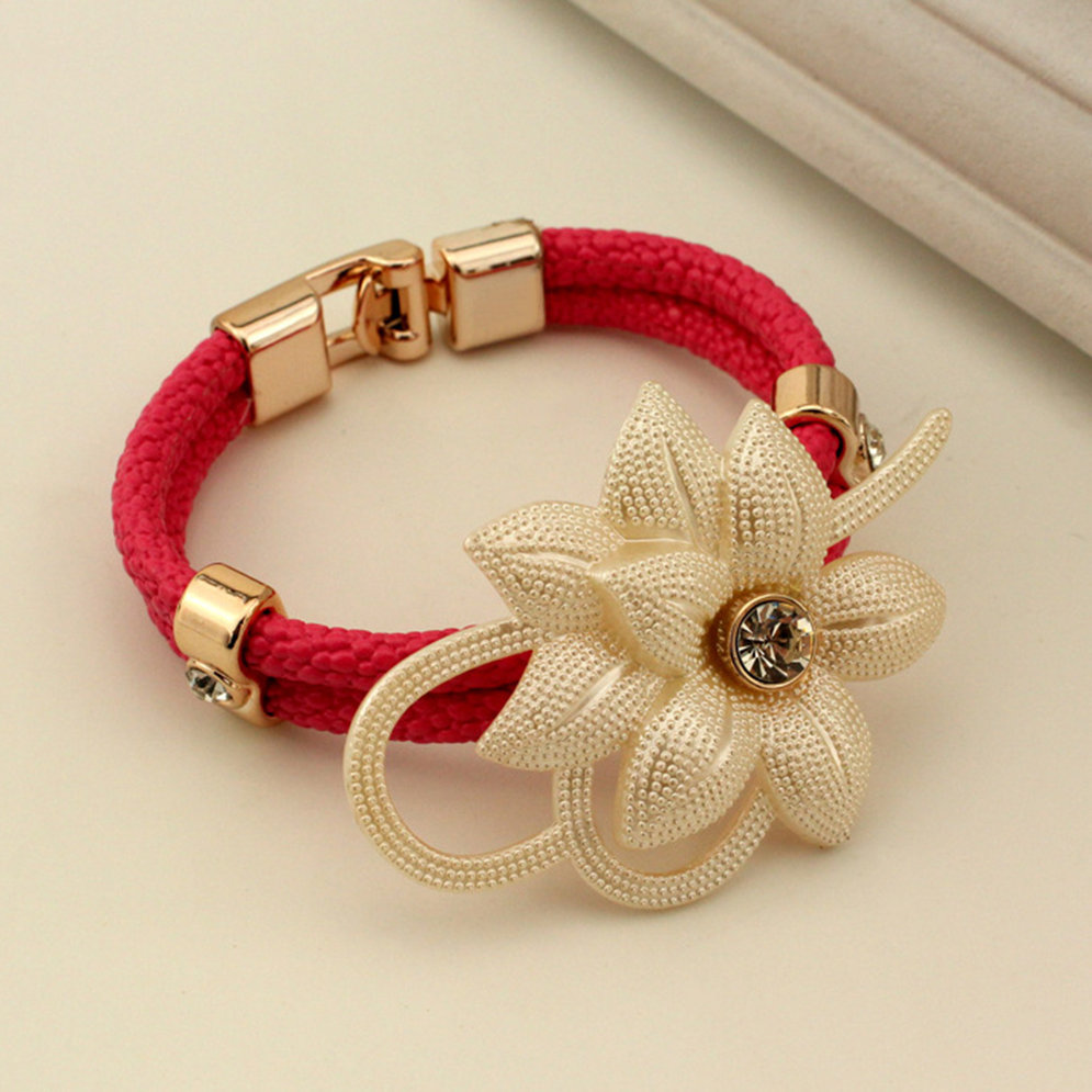 Popular Bangle Bracelets: New Style Popular Fashion Holiday Design Beautiful Flower