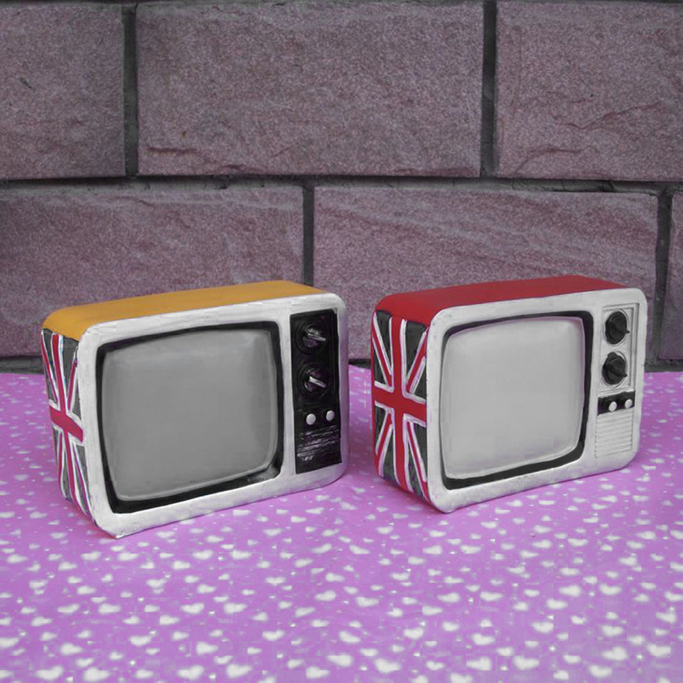 retro television piggy bank cute piggy bank money box fun. Black Bedroom Furniture Sets. Home Design Ideas